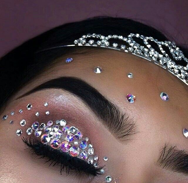 Your have a acne!?  bedazzle that crud!!! eyeliner  uneven!? bedazzle that two! eyeshadow wont blend?!!   bedazzle that crud till you can't open your eyelids  bruuu!!!! FOR BEAUTY