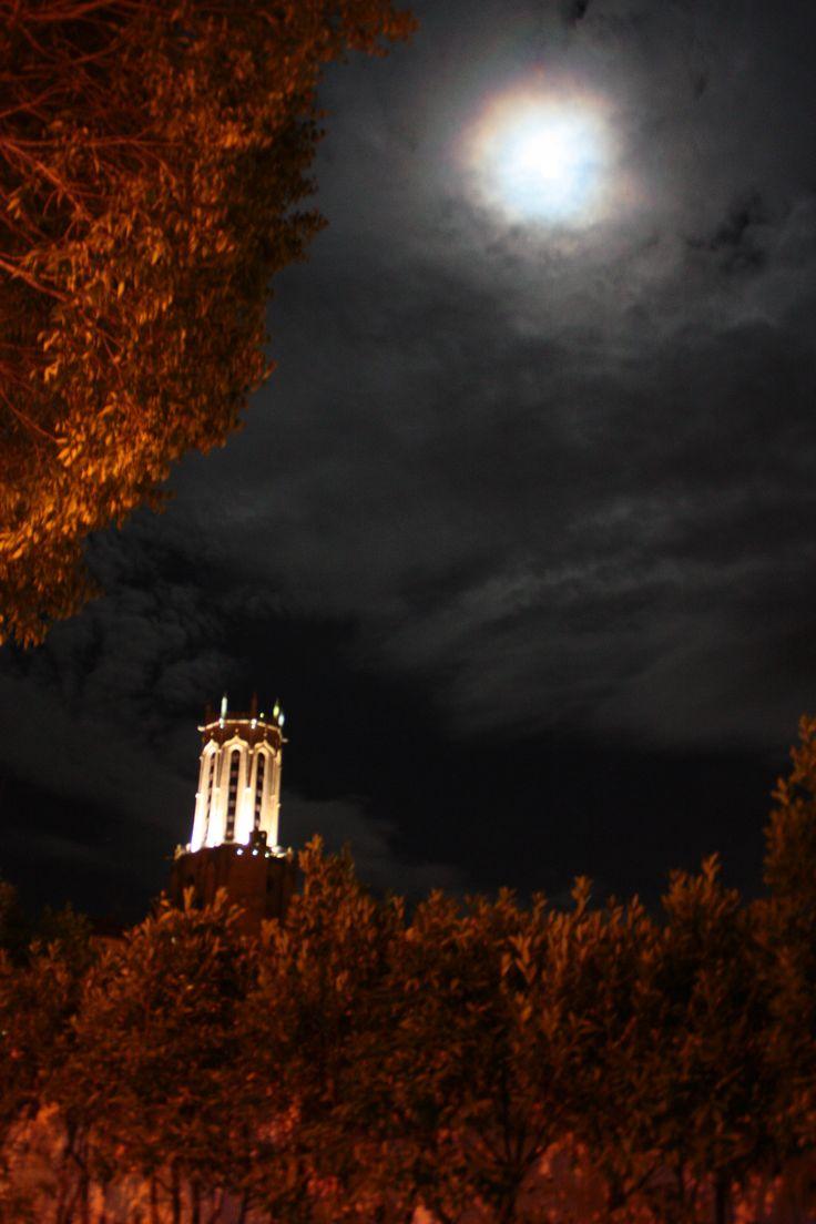 Un bien étrange ciel cette nuit là!