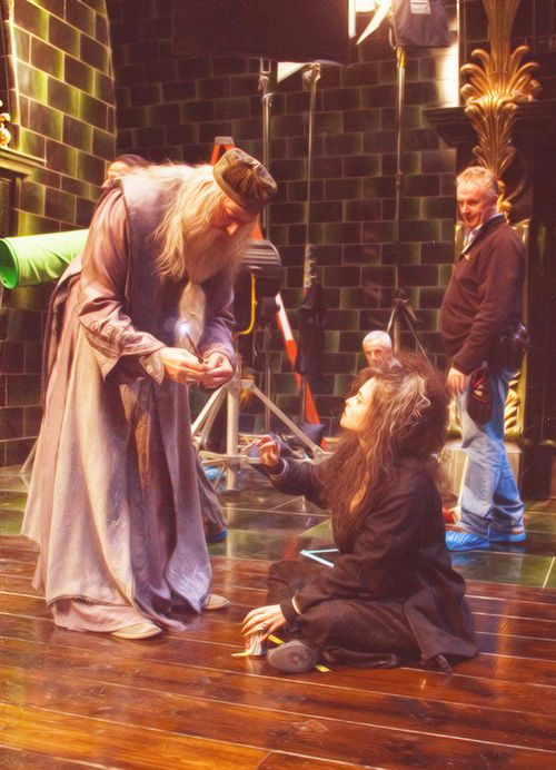 Helena Bonham Carter and Michael Gambon, Harry Potter and the Order of the Phoenix behind the scenes.