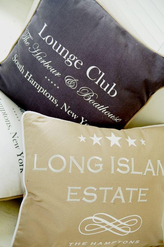 Dekoracyjne tekstylia do salonu i kuchni w stylu Hampton wniosą do Twojego domu iście nadmorski klimat. Do nabycia tutaj: http://www.hamptons.pl/produkty/kategoria/112/tekstylia/