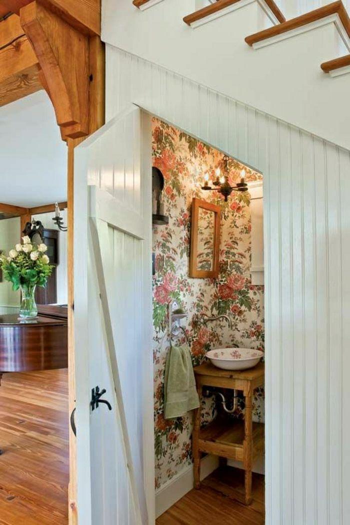 salle de bain sous escalier, meubles sous escalier, chambre sous escalier