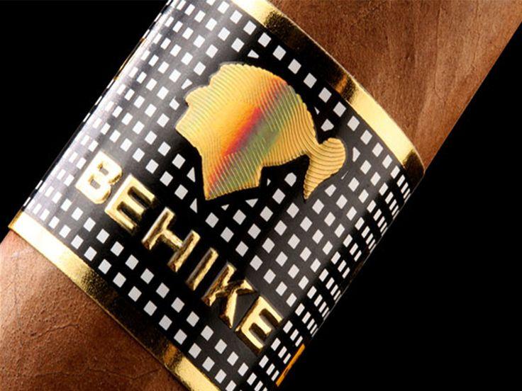 Si eres un conocedor del tabaco y disfrutas de la experiencia de fumar habanos, te presentamos los dos puros más caros del mundo.