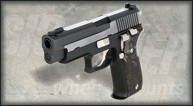 P226® Equinox is a .40 S designed by SIG SAUER®