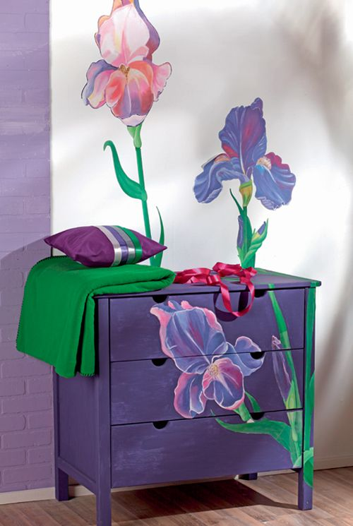 awesome repeat..How To Decorate Chest Of Drawers For a Modern Bedroom ♥