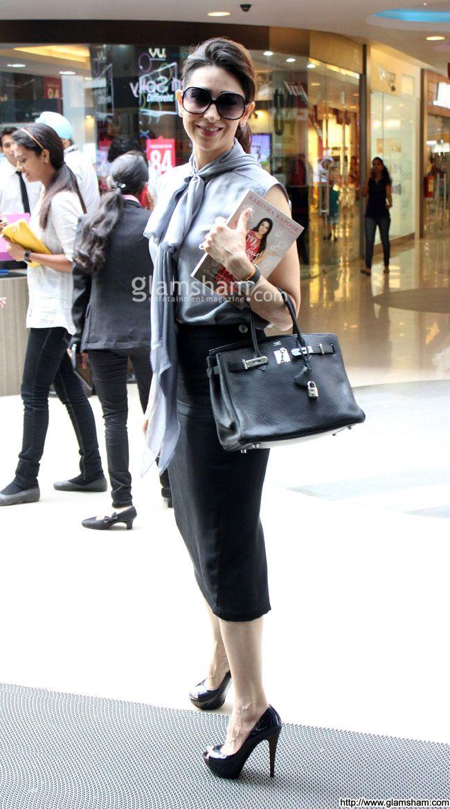 Karishma Kapoor In Sunglasses at Celebs in Sunglasses picture gallery picture # 173 : glamsham.com