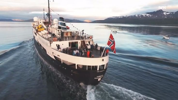 Bli med oss på hele reisen fra Vadsø i nord til Oslo i sør gjennom 58 sommerdager