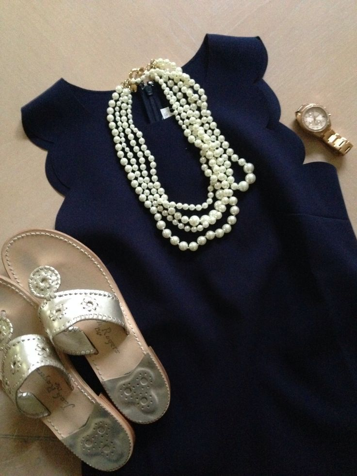 navy scalloped dress: j.crew sandals: jack rogers pearls: j.crew watch: michael kors