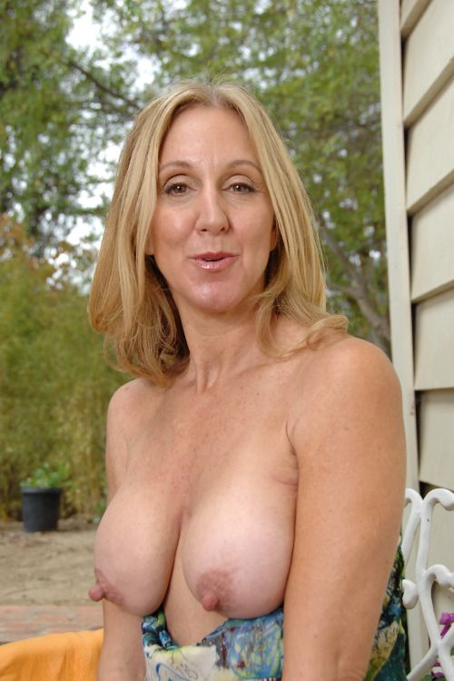 amateur busty mature nipples tumblr