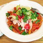 """Tohle jídlo vážně miluju, ostatně jako celou mexickou kuchyni. Paradoxem je, že před tím, než jsem změnila způsob stravování a """"mohla"""" jíst rýži, tak jsem ji nejedla. Moc mi nechutnala, brala jsem ji jen jako nudnou přílohu, která doplní talíř s masem a omáčkou. Na paleo je to úplně jinak, ..."""