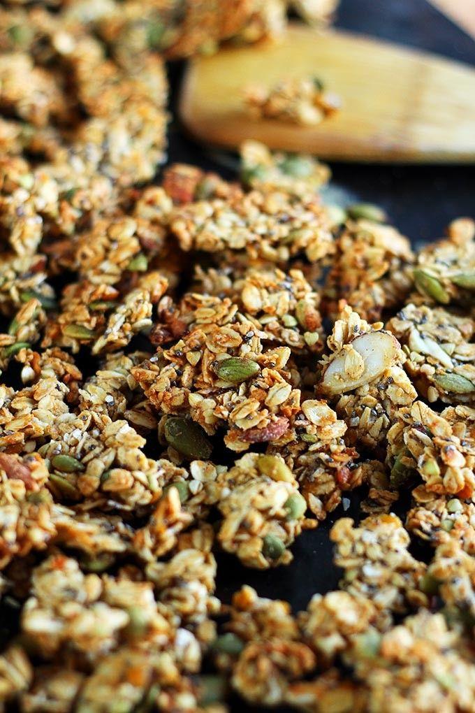 Sweet Pumpkin Seed Protein Granola - This vegan granola gets an extra boost of protein courtesy of its secret ingredient... Lentils! - ilovevegan.com #vegan #highprotein #soyfree