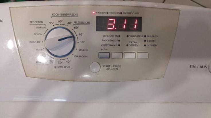 Privileg Waschtrockner 6 kg, 1300 Umdrehungen   260 € Möllers Waschmaschinenwelt  Modell: 52630  Abmessungen: Breite in cm: 45 cm Höhe in cm: 90 cm Tiefe in cm:60 cm  Fassungsvermögen in kg:6 kg Trocknen 3 kg Energie-Effizienzklasse: B Wasch-Effizienzklasse: A Schleuderumdrehungen pro min: 1300 U/min   Impressum  Waschmaschinenwelt Michael Möller Tel. 015234279121 Ostpreussenring 4 23569 Lübeck (Kücknitz)  Mail: moellers@waschmaschinenwelt.de  Finanzamt Lübeck