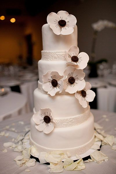 107 best WEDDING CAKES images on Pinterest Biscuits Marriage