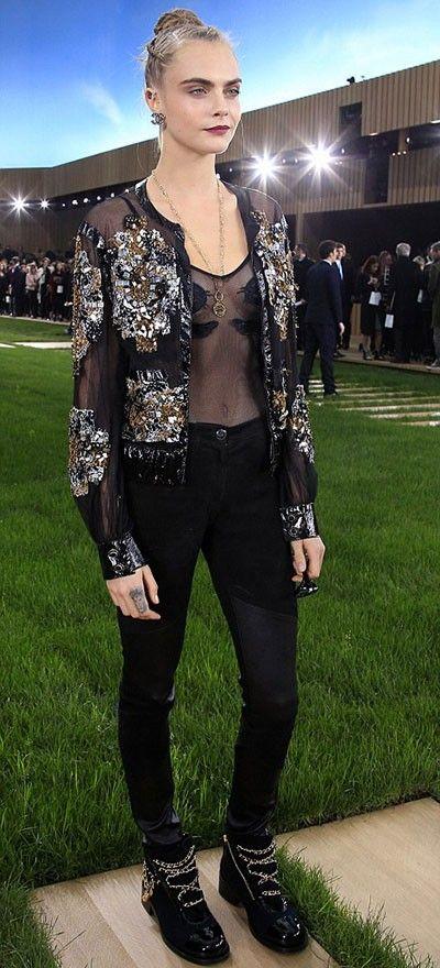 Cara Delevingne llevó a su mascota al desfile de Chanel Haute Couture