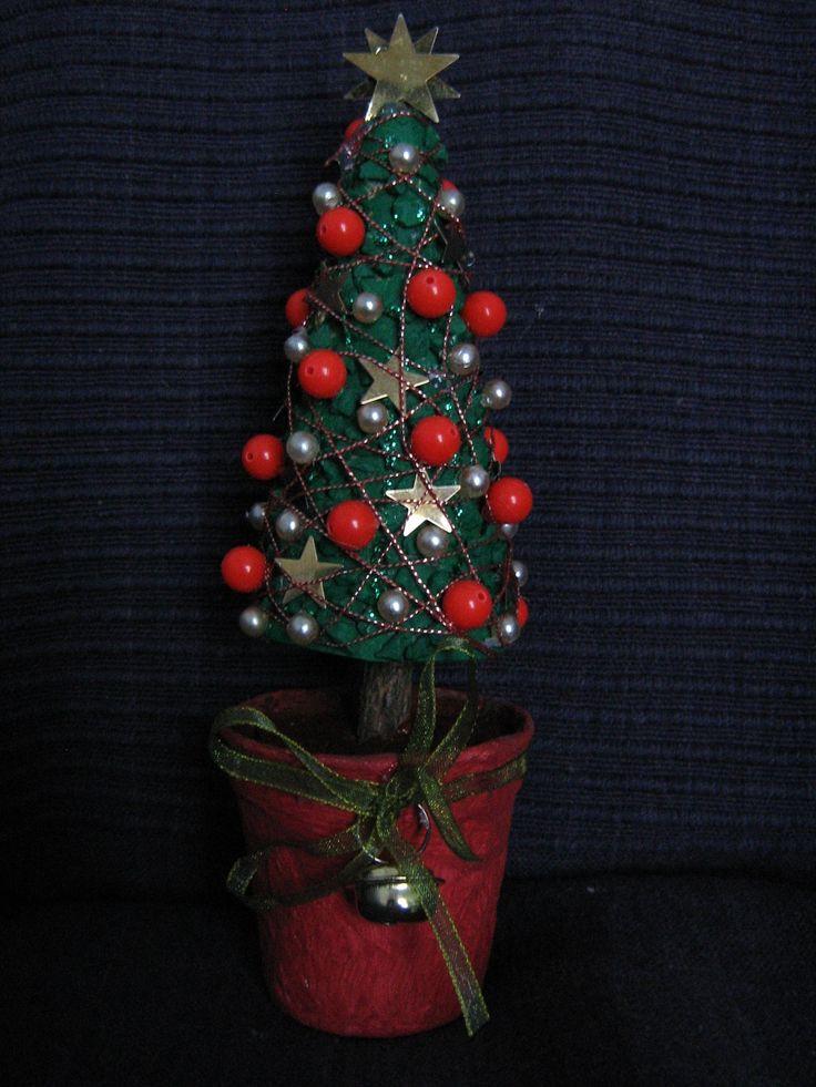 Vánoční stromeček - malá dekorace na stůl nebo do adventního věnce