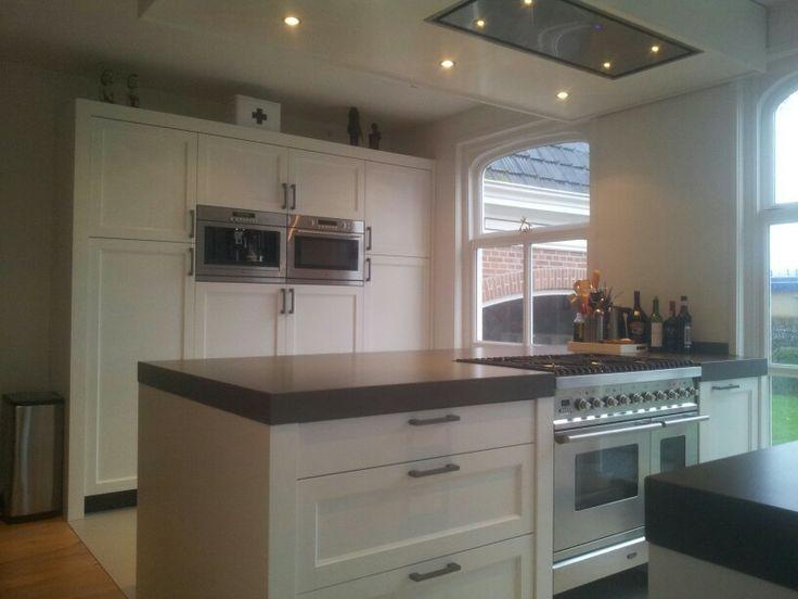 Modern klassiek houten keuken modern klassiek houten keuken pinterest modern - Modern keukenplan ...
