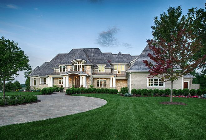 25 best ideas about luxury homes exterior on pinterest big homes nice houses and dream houses for Luxury home exteriors