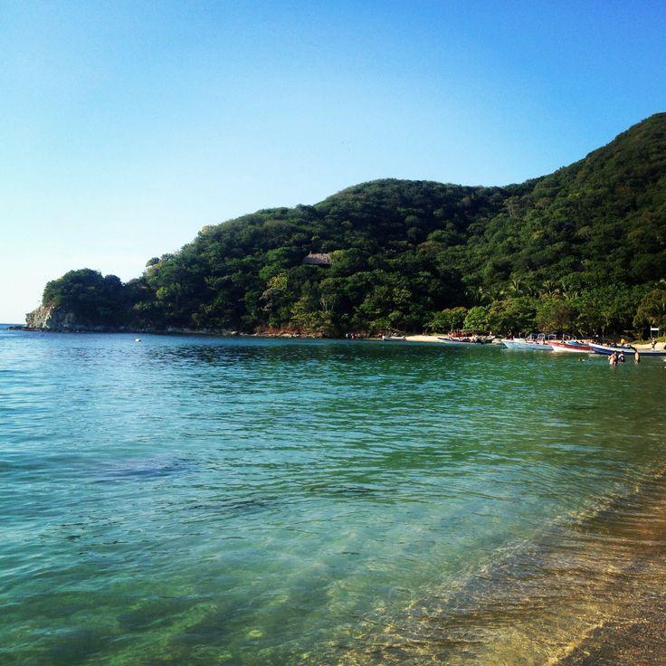 Playa Cristal - Colombia