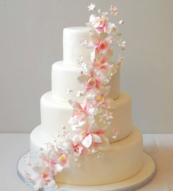 Gumpaste Flowers For Wedding Cakes: 17 Best Images About Wedding Cakes On Pinterest