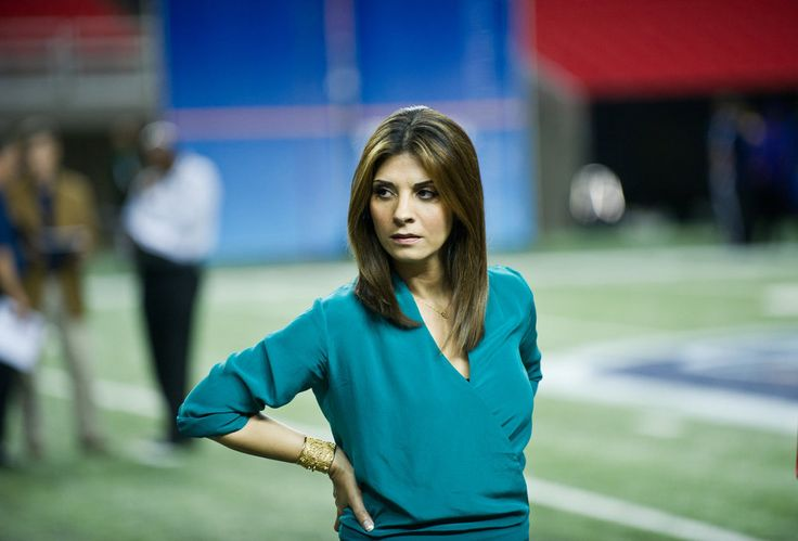 Dr. Dani (Callie Thorne) from Necessary Roughness! Love her character!