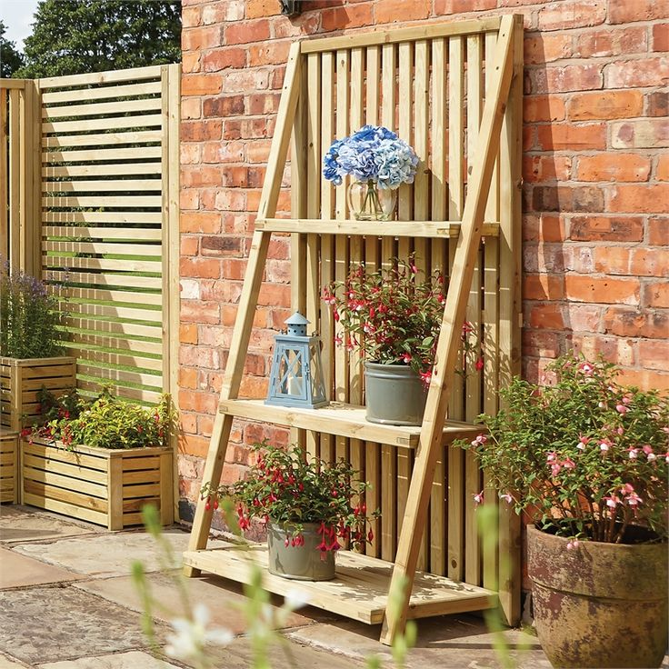 Plant Stand Homebase