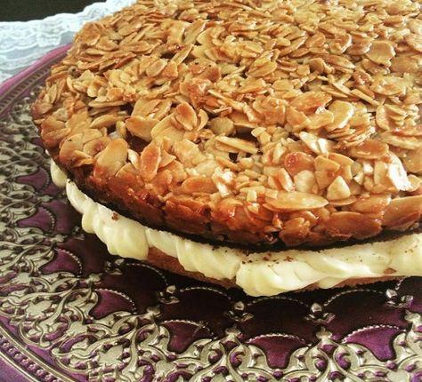 Ballı Bademli Alman Pastası - Pratik Tatlı Tarifleri