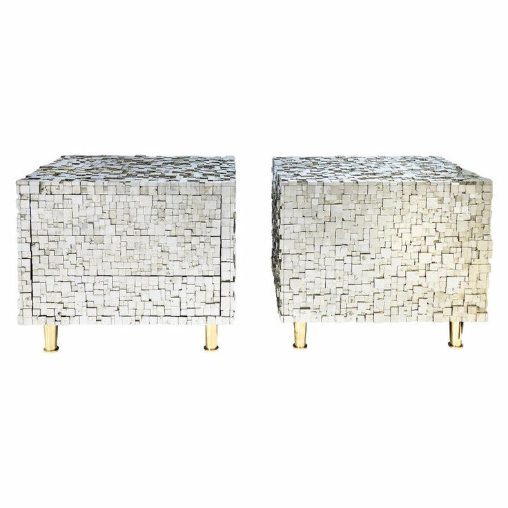 Pair of Bedside Tables by Kam Tin €22.000