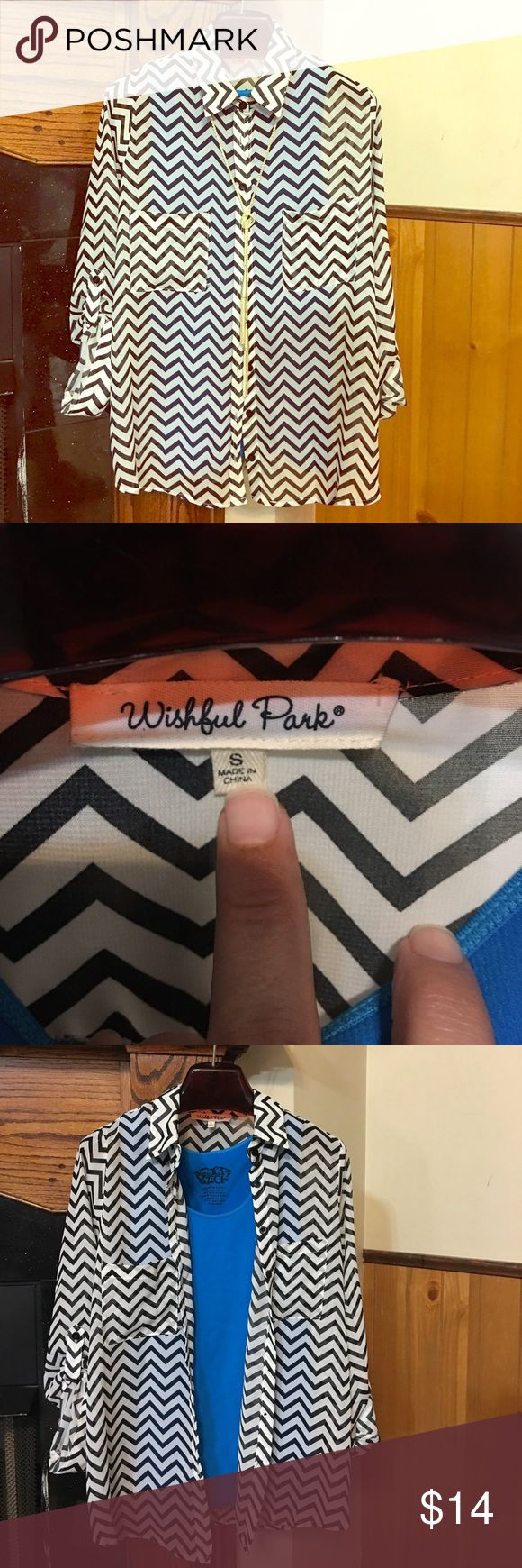 Wishful Park black & white chevron blouse Super cute, black & white, chevron blouse. Can be worn layered ❤️ absolutely ❤️layered look 😍. Bundle to save. Smoke free home. Wishful Park Tops Blouses