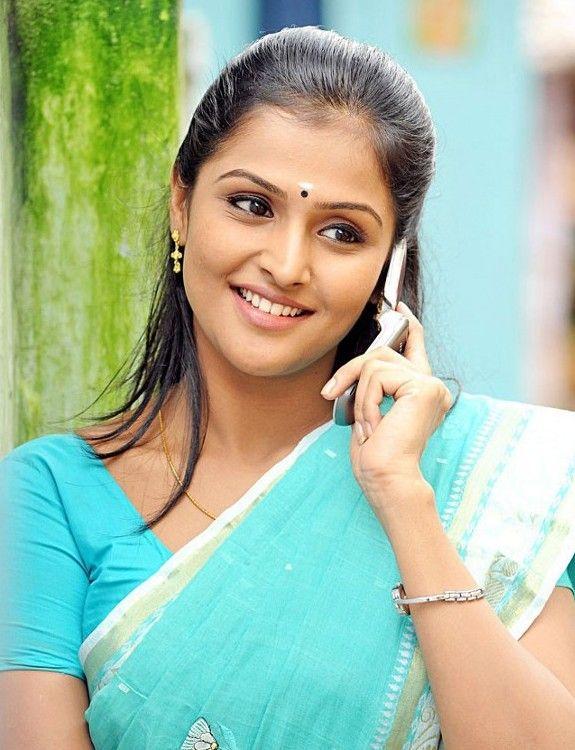 Ramya Nambeesan Hot Photos Found Pix Saung Hottest Photos Actresses Hot