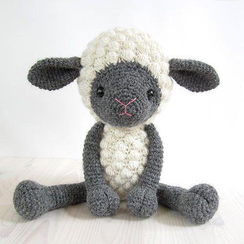 Cuddly sheep amigurumi pattern by Kristi Tullus
