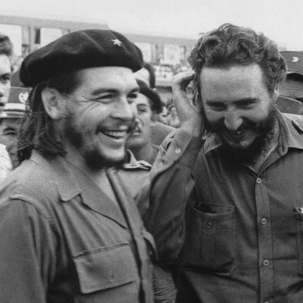 Ernesto Che Guevara e Fidel Castro negli anni Sessanta a L'Avana