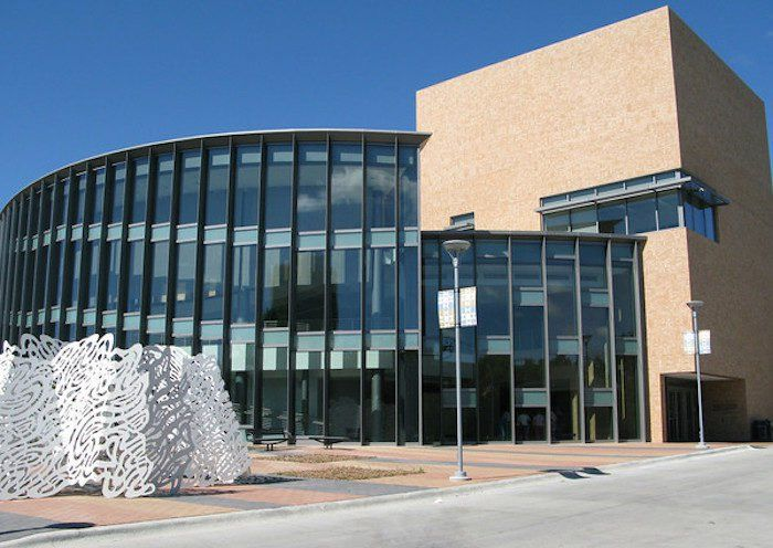 The Largest Quilt Museum In Nebraska Is Truly A Sight To See University Of Nebraska Lincoln Nebraska Places