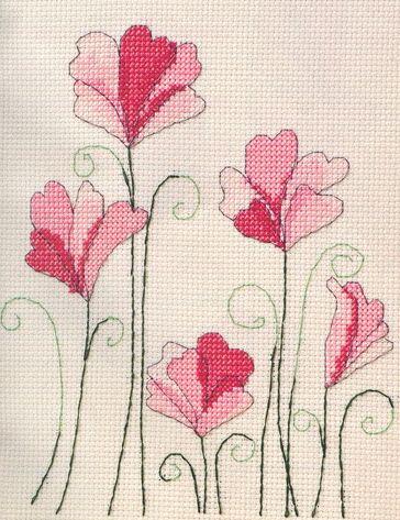 """Para embelezar qualquer tecido ou num quadro...  Adorei-as assim que as vi e já estão na minha lista """"para fazer"""".           Bjs"""
