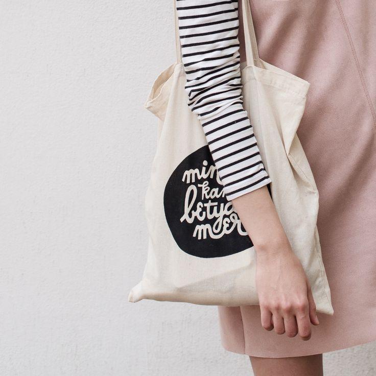#totebag #totebags #shopper #shopperbags #canvasbag #canvastote #canvastotebag #fashion #fashionista #fashionblogger #lifestyle #lifestyleblogger #lifestylephotos #pinkdress #minimalist #minimalism #monochrome #monochromestyle #pink #fashiondetails #print #printlove #printmaking #lettering #letteringart #printforsale #grafisk #grafiskform #grafiskdesign #designblog