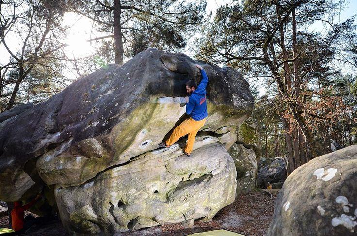 Einen schönen Start in die Woche  . #bouldering #fsthltn #fontainebleau