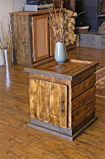 Pallet End Table.     -    (Pallet cabinet in the background)   --   http://alittlebitofthisthatandeverything.blogspot.com/