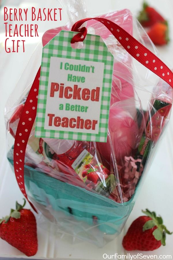 Berry Basket Teacher Gift  with FREE Printable Tag- an easy and personal Teacher Appreciation Gift idea.