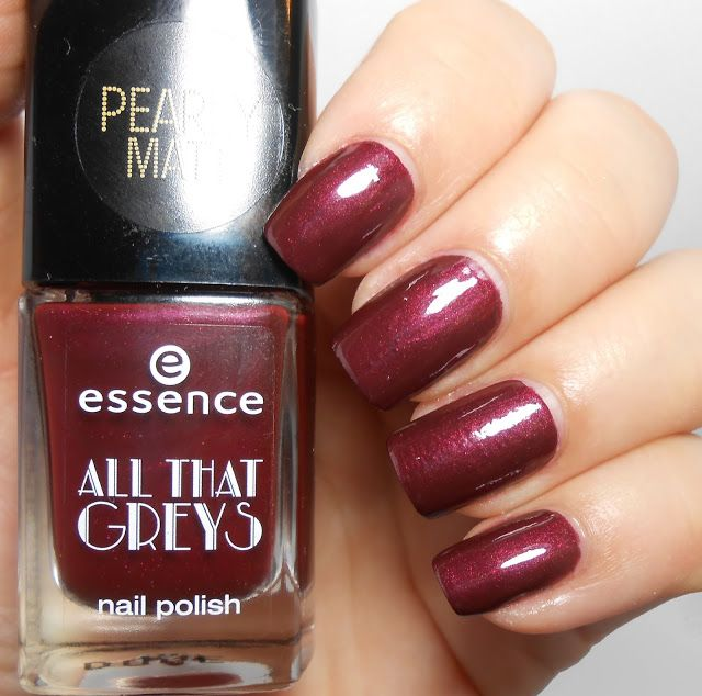 Essence Roaring Red (with top coat)