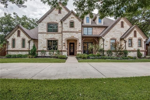 Today's Listing Of The Day is this gorgeous 2013 custom 5/5.5/3 near Preston & Forest. This Dallas beauty is walking distance to local restaurants & shopping and spares not details inside or out. - 5740 NORTHMOOR DRIVE, DALLAS, TX 75230 – 'bit Southern Realty Group | eXp Realty