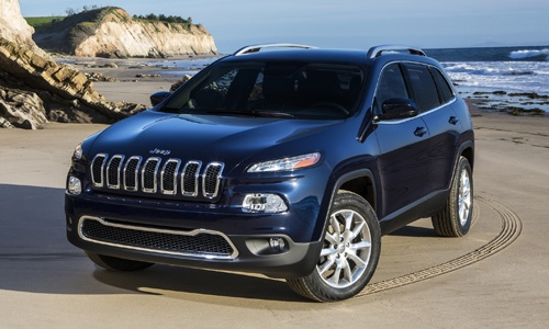 @Chatterworks ♡❤ #Cars ❥ 2014 Jeep Cherokee: First Photos The 2014 Cherokee will make its official debut at the 2013 New York Auto Show #NYIAS via  via @Cars.com cc @Jeep