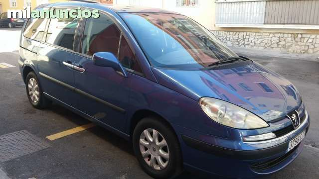 1000 images about coches on pinterest common rail - Coches con puertas correderas ...
