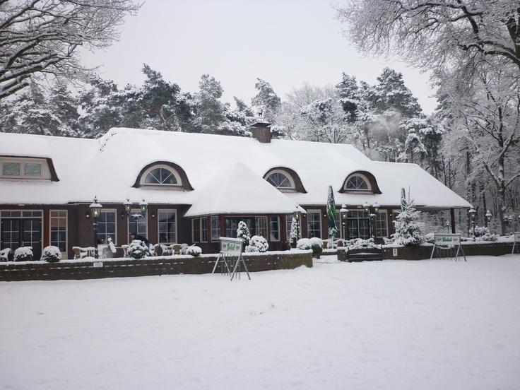 Ook in de winter een prachtig plaatje. Dan is het tijd voor glühwein, warme chocomelk, huisgemaakte erwtensoep en verschillende soorten stamppot. www.lutterzand.nl