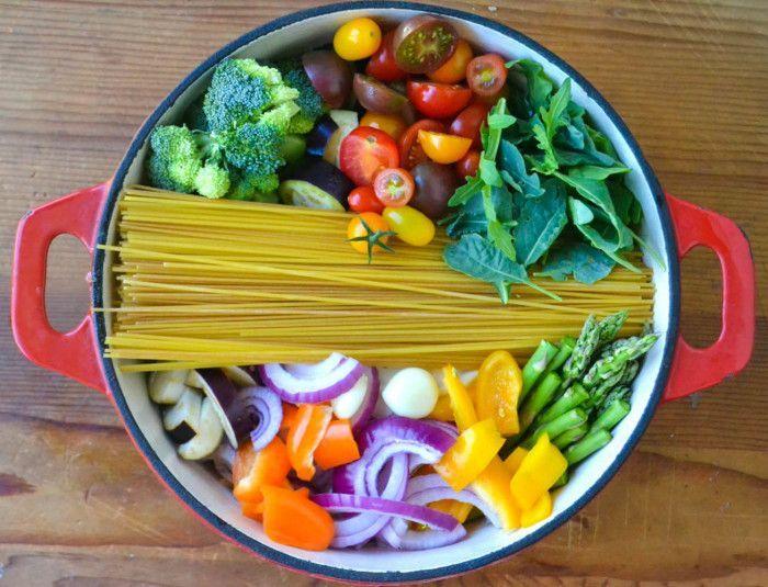 Inspirant et tellement facile à faire...le One Pot pasta du jardin - Recettes - Recettes simples et géniales! - Ma Fourchette - Délicieuses recettes de cuisine, astuces culinaires et plus encore!