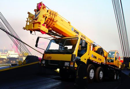 Truck Crane: QY35K5  Overall length: 12620mm Overall width: 2500mm Overall height:  3350mm  For more Info visit: www.integramotors.co.za/  #Heavestuff #IntegraGroup