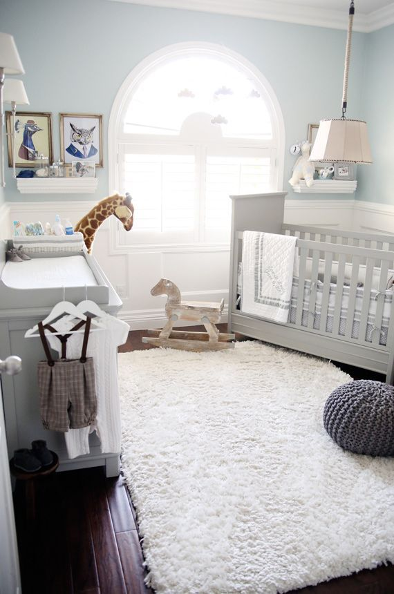 soft blue and gray paint idea for boy's nursery room, white accents, safari animals