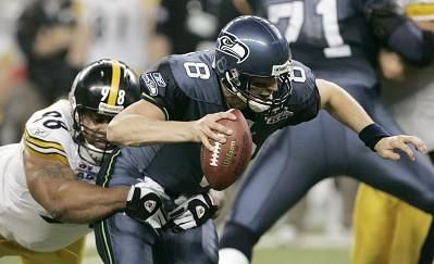 Pittsburgh Steelers' Casey Hampton (98) sacks Seattle Seahawks ...