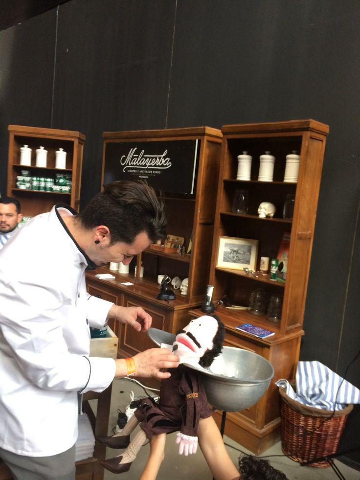 Todo cliente es bienvenido! www.barberiamalayerba.es