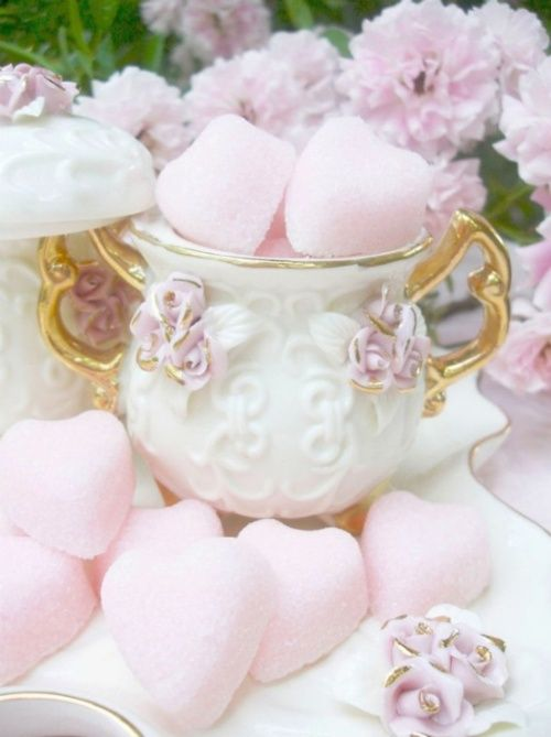 sugar hearts for tea...loveTeas Time, Sugar Cubes, Heart Sugar, Pink Heart, Pale Pink, Pink Rose, Sugar Heart, Sugarheart, Teas Parties