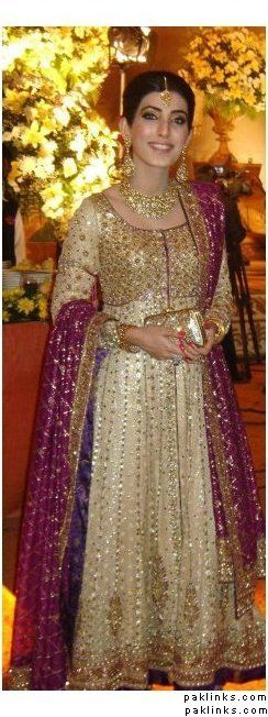 Bunto Kazmi in a bedazzling cream gold and pink floorlength pakistani anarkali