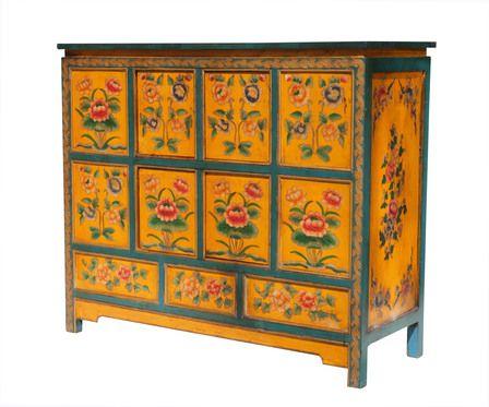 Malovaná tibetská komoda!