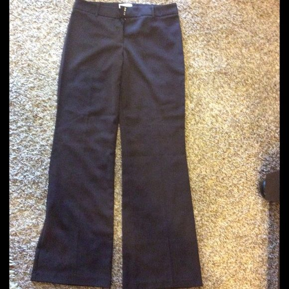 NWOT BYER brown pant Chocolate brown pants nwot size 9 never been worn Byer Pants